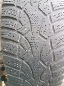Pneus hivers nord frost 185/65R15