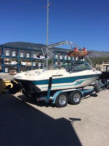 Boat - 1995 Reinell 19.5 feet