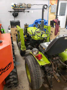 Yanmar 135 4wd 4x4 tractor with 5ft blower