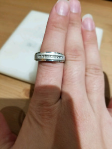 Men's diamond & white gold ring
