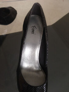 Open Toe Heels * Size 7.5 * Edmonton Edmonton Area image 4