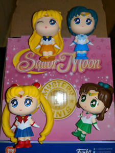 Sailor moon funko minis