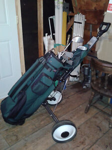 Golf Clubs for Sale: Make is Dunlap