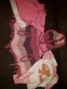 3 to 6 month baby girl's clothes
