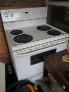 Basic Kitchen Stove *GOOD CONDITION*