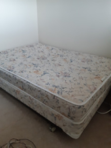 Used double size bed .