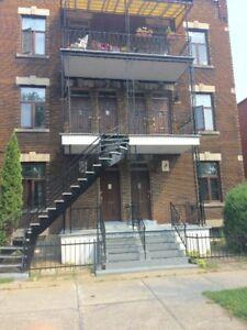 6342, 48,52 Briand  Montréal, logement 41/2 non et meublé