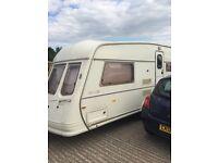 Caravan large van Royce 2 birth