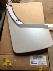 GM Front Molded White Mud Guards 2014-2015 GMC Sierra BRAND NEW