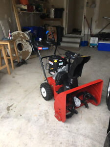 Snow blower for sale $700 not a dollar lower!!!!