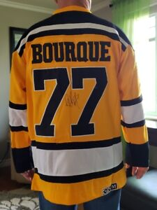 AUTOGRAPHED RAY BOURQUE Jersey