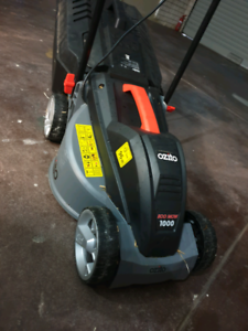 Lawn mower electric Sorrento Joondalup Area Preview