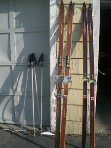 vintage Sigmund Ruud Skis and poles