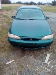 1998 ford escort only 94 000kms! 500 obo