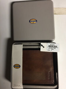Fossil Wallet / Brand New with tags
