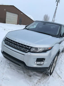 2014 Land Rover Range Rover Evoque Pure Premium (4WD) with only