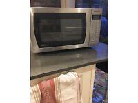 Panasonic 900w microwave £140 new