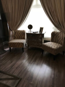 DUO CLASSIC CHAIRS AND MIDDLE TABLE