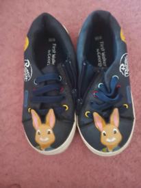 Boys Peter Rabbit size 8 shoes