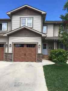 3 Bedroom Townhouse Condo For Rent - SouthEast Winnipeg