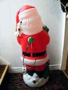CHRISTMAS BLOWMOLD  SANTA CLAUS 35'' London Ontario image 3