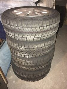 Honda Odyssey tires 235 / 65 r 16 West Island Greater Montréal image 5