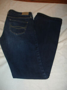 Abercrombie & Fitch Jeans size 28/4