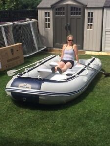 Hydro-force sunsaille rafting boat