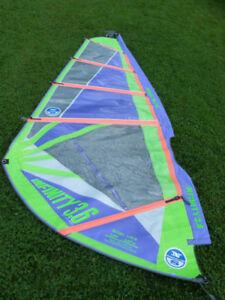 North Infinity Windsurfing Sail - 3.6 - Minty!