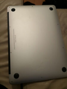 Macbook Air 13 po 2014 600$