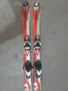 90cm Rossignol Down Hill Skis for Sale!