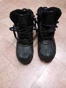 Columbia Men's Size 11 Winter Boots