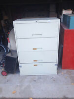 Filing Cabinet - 4 Drawer Lateral
