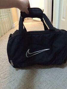 Black Nike gym bag in excellent condition!