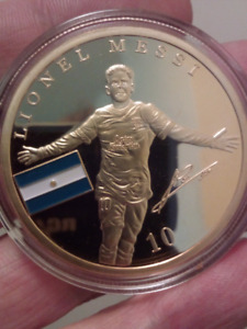 Large 40mm Lionel Messi FC Barcelona Gold Plated Coin.