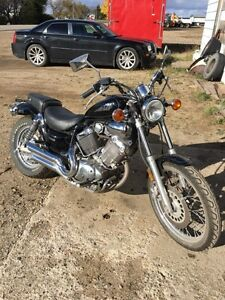 99 Virago 535  LOW KMS!!! GREAT BEGINNER BIKE!!!