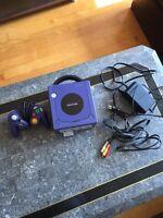 Nintendo GameCube avec manette et jeux