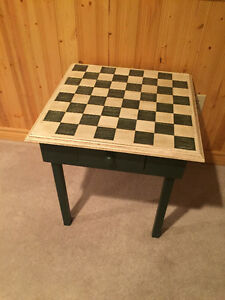 Novelty Chess Table