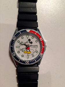 "Montre ""Mickey Mouse"""
