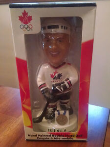 2002 Olympic Mens Gold Medal Team Bobble Head - Iginla Kitchener / Waterloo Kitchener Area image 1