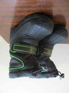 OshKosh Toddler Size 7/8 Boys Winter Boots Kitchener / Waterloo Kitchener Area image 1