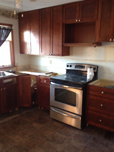 Large 2-bedroom with 5 appliances