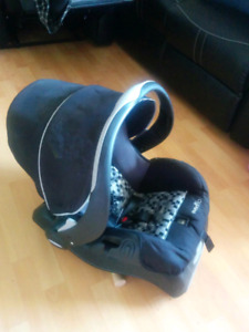 Graco Evenflow Infant Carseat