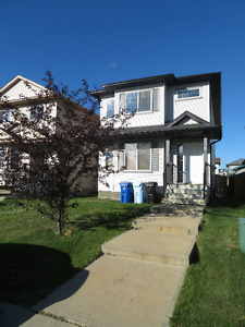 3 BedRm Detached house in Timberlea from Sep 1 2017 OR Aug 2017