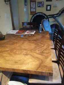 Beautiful dining table with leaf -JUST REDUCED PRICE