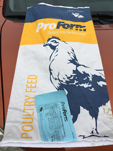 Pro Form Poultry Feed