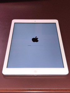 1st Generation, Silver iPad Air  Wi-Fi 64GB with Retina Display