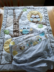 Crib Blanket and Breathable Bumper