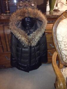 Manteau RUDSAK KAKI avec CUIR NOIR grandeur SMALL