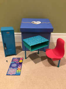 "Maplelea School Desk and Locker for 18"" Doll"